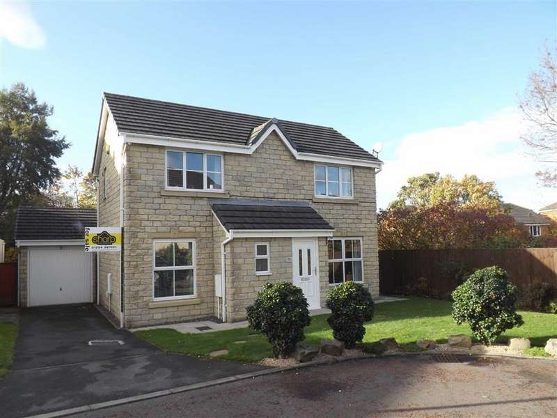 3 Bedrooms Detached House for sale in Cravenwood Close, Accrington