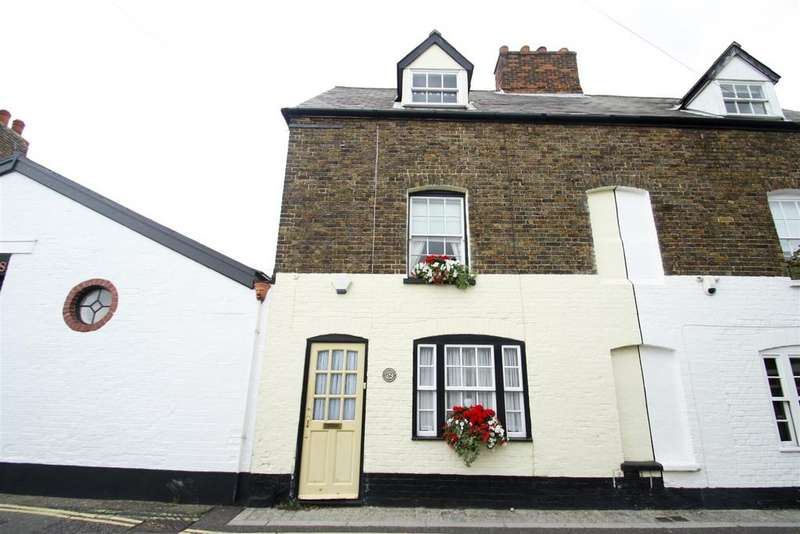 2 Bedrooms Semi Detached House for sale in High Street, Leigh-On-Sea