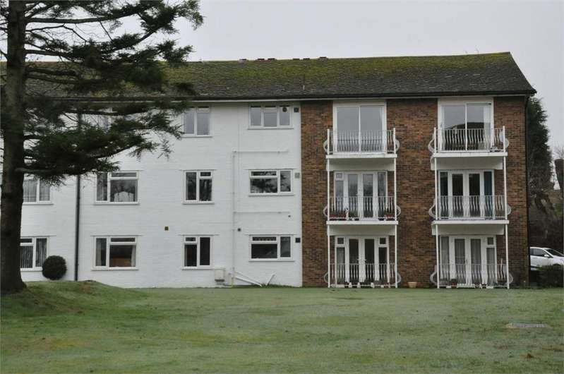 2 Bedrooms Flat for sale in Birkdale, Bexhill-on-Sea