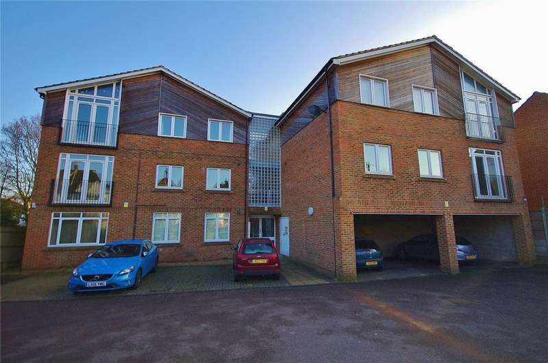 3 Bedrooms Apartment Flat for sale in Rickmansworth Road, Watford, Hertfordshire, WD18
