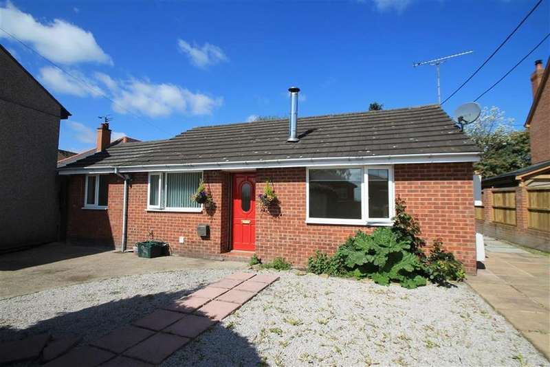 2 Bedrooms Detached Bungalow for sale in North Road, Ponciau, Wrexham