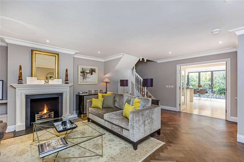 4 Bedrooms Mews House for sale in Polperro Mews, London, SE11