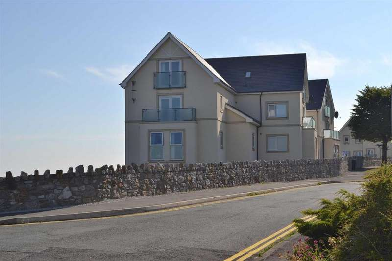 2 Bedrooms Penthouse Flat for sale in Cliff Tops, Old Colwyn