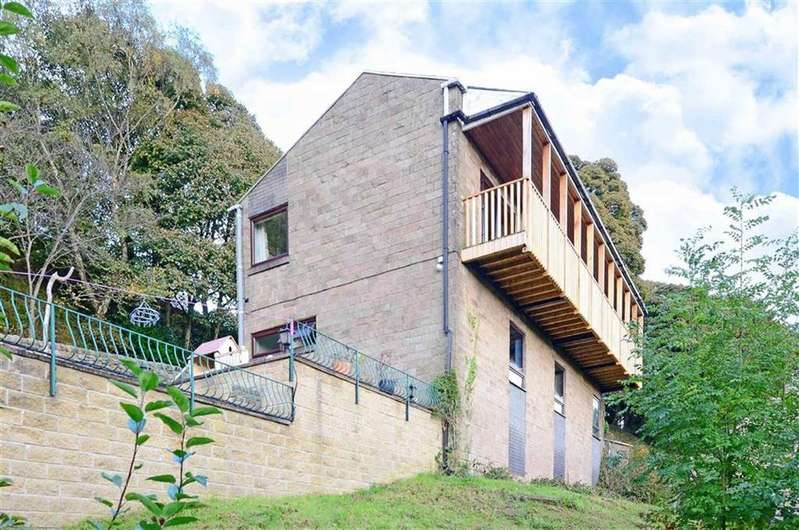3 Bedrooms Detached House for sale in Escape, The Hollow, Holloway, Matlock, Derbyshire, DE4