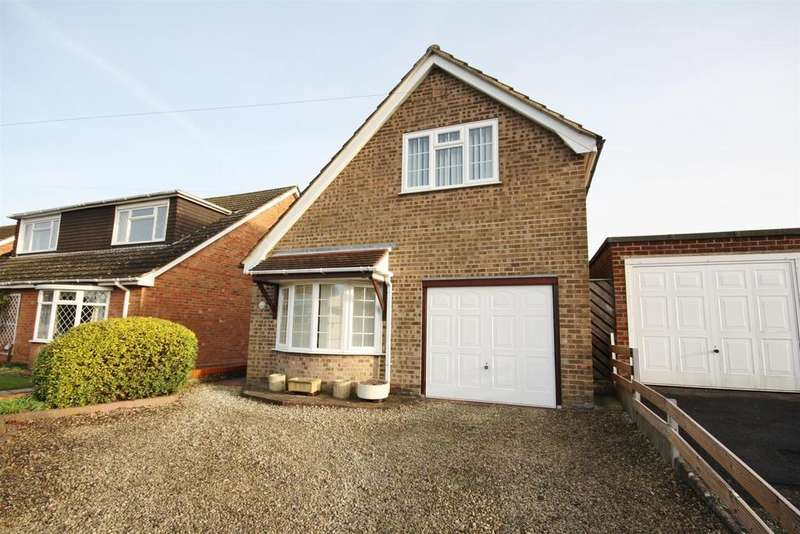 3 Bedrooms Detached House for sale in Sandy Lane, Fair Oak, Eastleigh