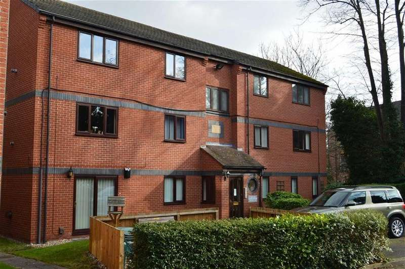 2 Bedrooms Apartment Flat for sale in Foxes Court, Beresford Road, Oxton, CH43