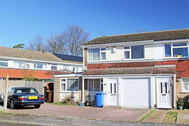 3 Bedrooms End Of Terrace House for sale in Gayhurst Drive, Sittingbourne, Kent