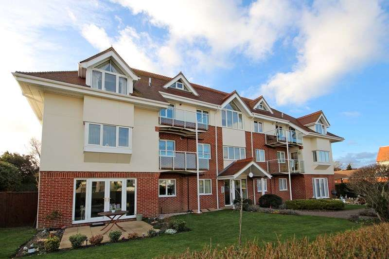 2 Bedrooms Apartment Flat for sale in Stourwood Avenue, Southbourne, Bournemouth