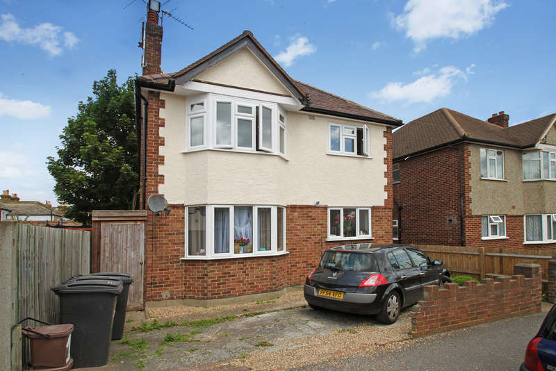 2 Bedrooms Maisonette Flat for sale in Pyne Road, Surbiton