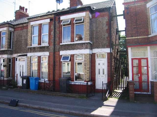 2 Bedrooms House for sale in Wharncliffe Street, HULL, HU5 3LZ
