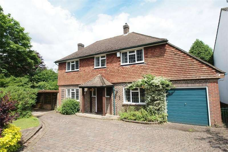 3 Bedrooms Detached House for sale in Heathfield Road, Keston, Kent