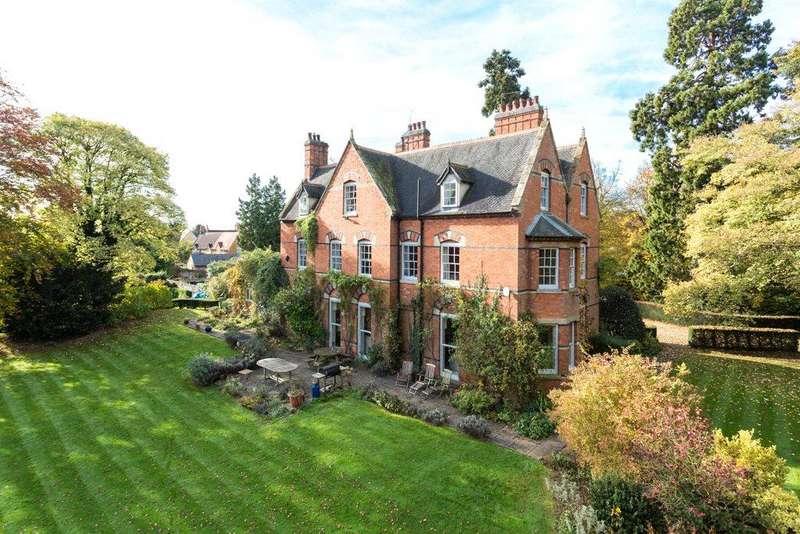 8 Bedrooms Detached House for sale in Hardwick, Wellingborough, Northamptonshire, NN9