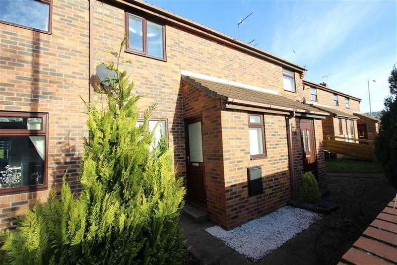 2 Bedrooms Terraced House for sale in Nursery Grove, Bridlington, YO16