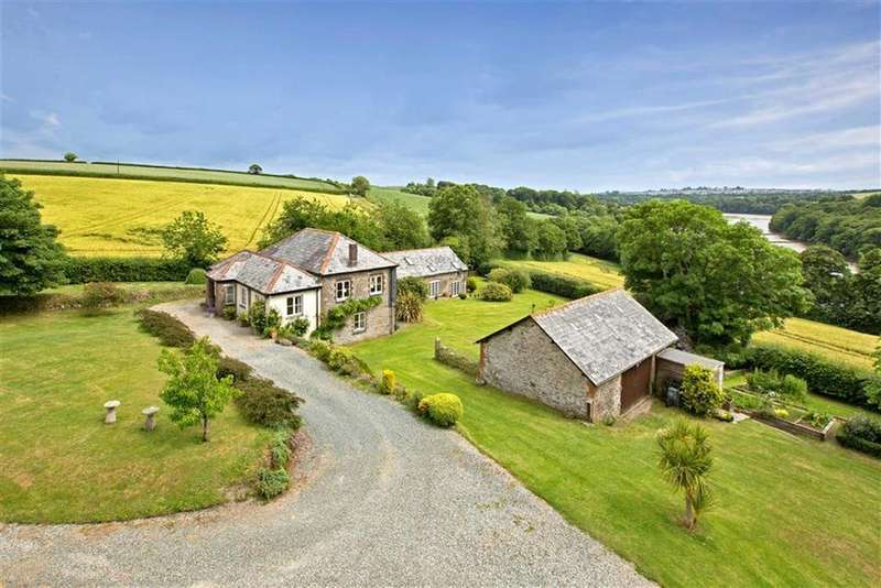 5 Bedrooms Detached House for sale in Landulph, Cornwall, PL12