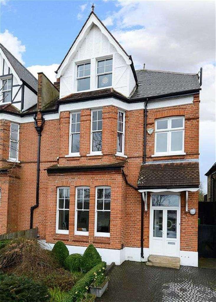 5 Bedrooms Semi Detached House for sale in Calton Avenue, London