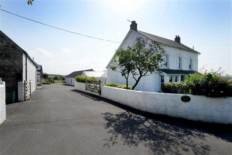 4 Bedrooms Detached House for sale in Maes Y Bont, Carmarthen