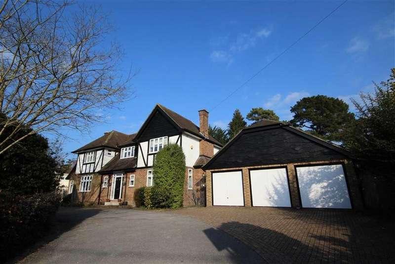 4 Bedrooms Detached House for sale in Aldridge Road, Ferndown, Dorset