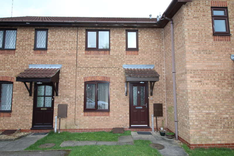 2 Bedrooms Terraced House for sale in Woodpecker Court, Gunthorpe, Peterborough