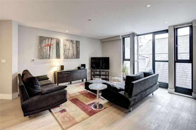 2 Bedrooms Apartment Flat for sale in Bull Inn Court, Covent Garden, WC2R