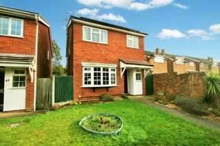 4 Bedrooms Detached House for sale in St. Albans Road, St. Mary's, Colchester