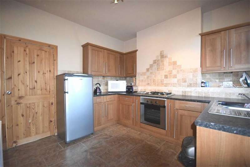 2 Bedrooms Terraced House for sale in Cross Skelton Street, Colne, Lancashire