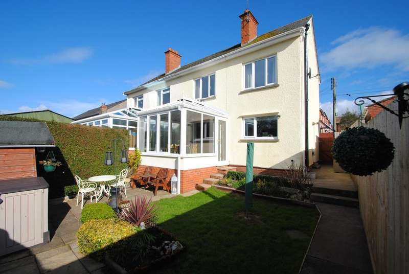 3 Bedrooms Semi Detached House for sale in New Martins Buildings, Wellington