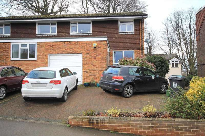 3 Bedrooms Semi Detached House for sale in WELL PRESENTED 3 BED SEMI FAMILY HOME IN Charles Street, BOXMOOR