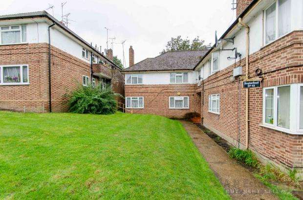 2 Bedrooms Apartment Flat for sale in Hayden Court Haydon Close, London, NW9