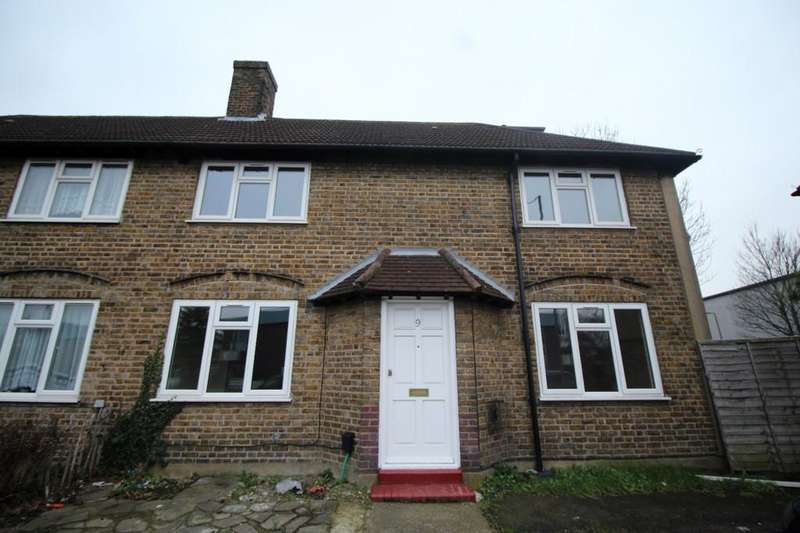 4 Bedrooms Semi Detached House for sale in Croydon Road