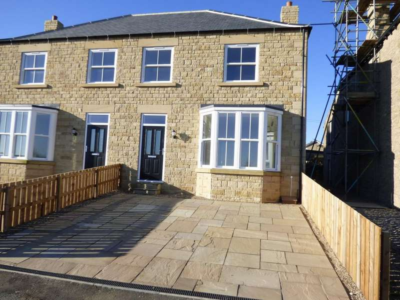 4 Bedrooms Semi Detached House for sale in St Marys Mount, Leyburn