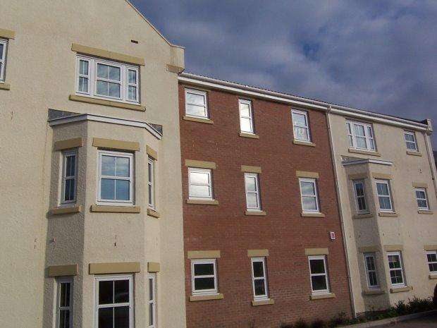 2 Bedrooms Flat for sale in CUNNINGHAM COURT, SEDGEFIELD, SEDGEFIELD DISTRICT