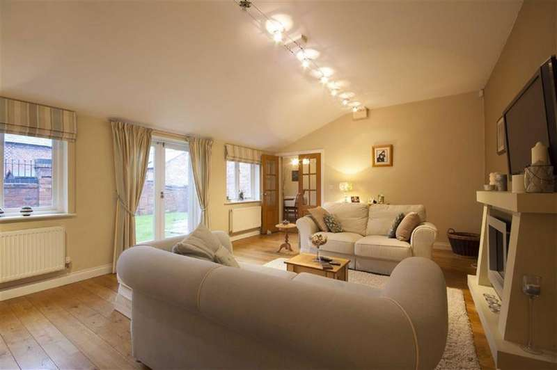 3 Bedrooms Detached House for sale in Hadnall, Shrewsbury, Shropshire