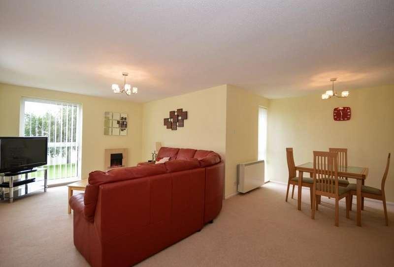 2 Bedrooms Flat for sale in Ffordd Garnedd, Y Felinheli, North Wales