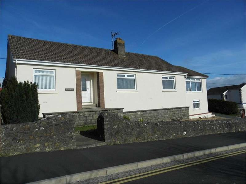 4 Bedrooms Detached Bungalow for sale in Pen Cemaes, Penbanc, Fishguard, Pembrokeshire