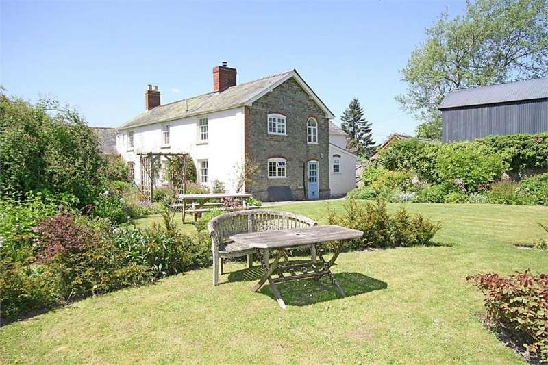 5 Bedrooms Detached House for sale in Combe, Presteigne, Herefordshire