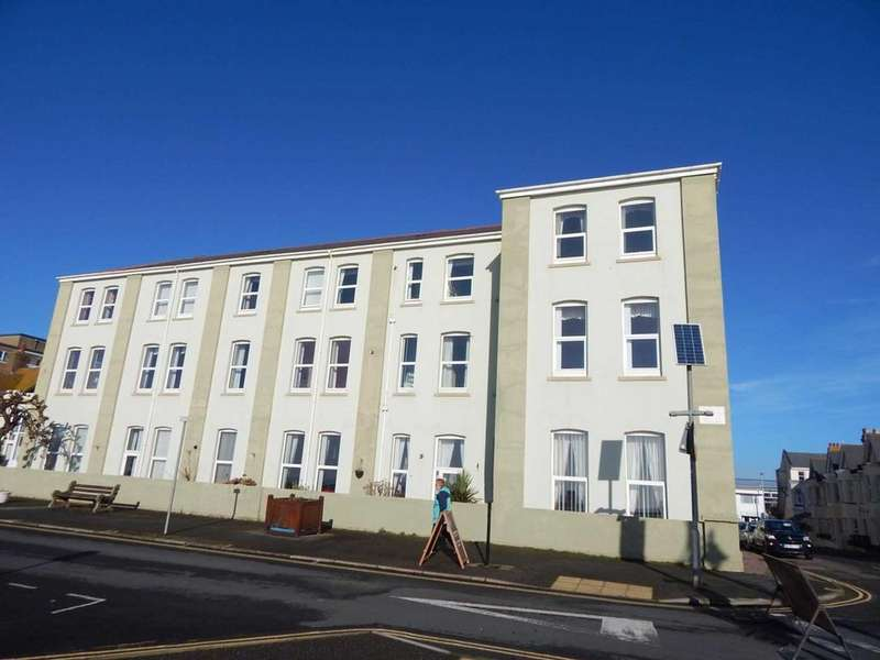 2 Bedrooms Apartment Flat for sale in Whitecliff, Harbour Road,, Seaton