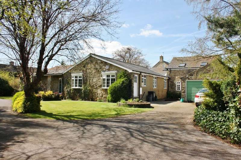 4 Bedrooms Detached Bungalow for sale in Leyburn Road, Masham