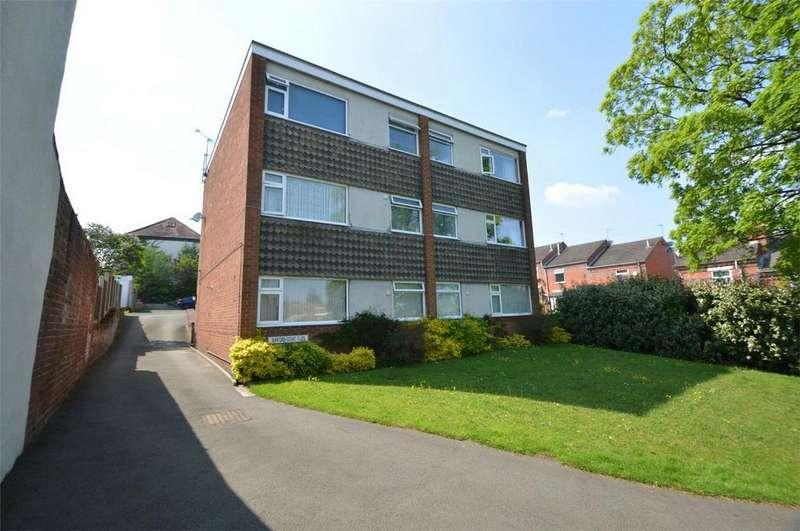 1 Bedroom Flat for sale in Prospect Hill, Stourbridge, West Midlands