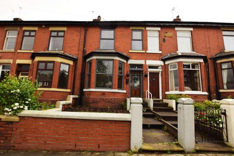 3 Bedrooms Terraced House for sale in Rochdale Road, Middleton, Manchester