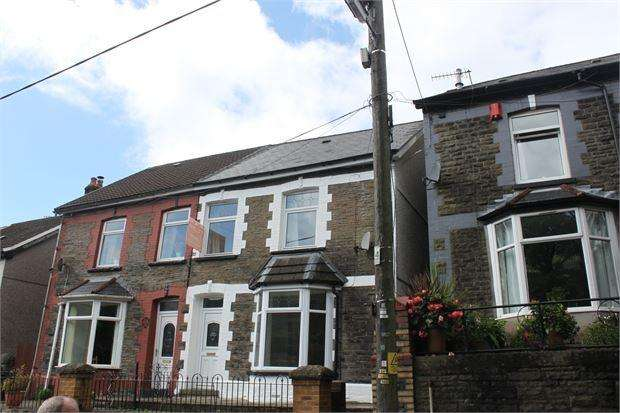 3 Bedrooms Terraced House for sale in Graig Road , Ynyshir, Ynyshir, RCT. CF39 0NS