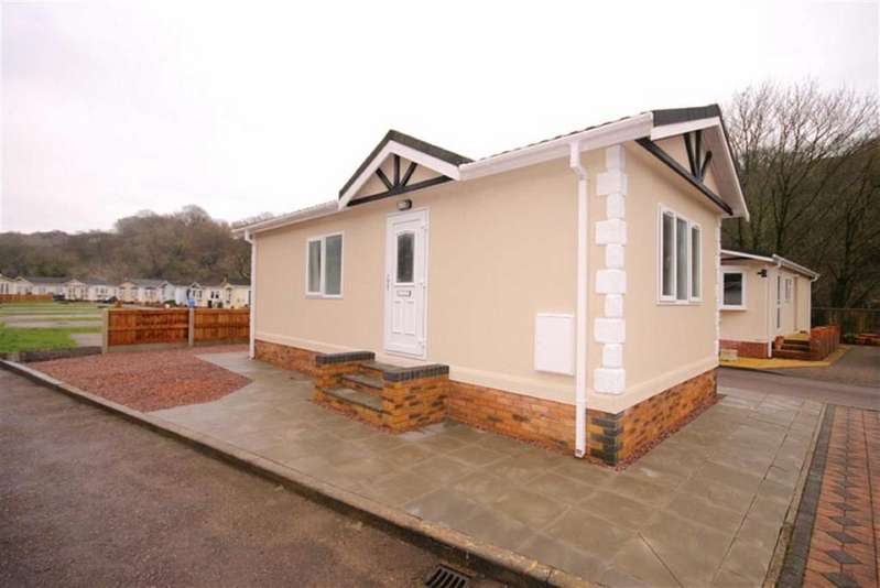 1 Bedroom Park Home Mobile Home for sale in Woodlands Park, Quakers Yard, CF46