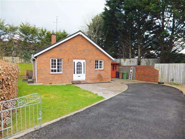2 Bedrooms Bungalow for sale in 25 Glenwood Gardens