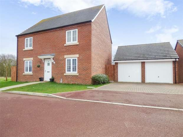 4 Bedrooms Detached House for sale in Skipper Grove, Stockton-on-Tees, Durham