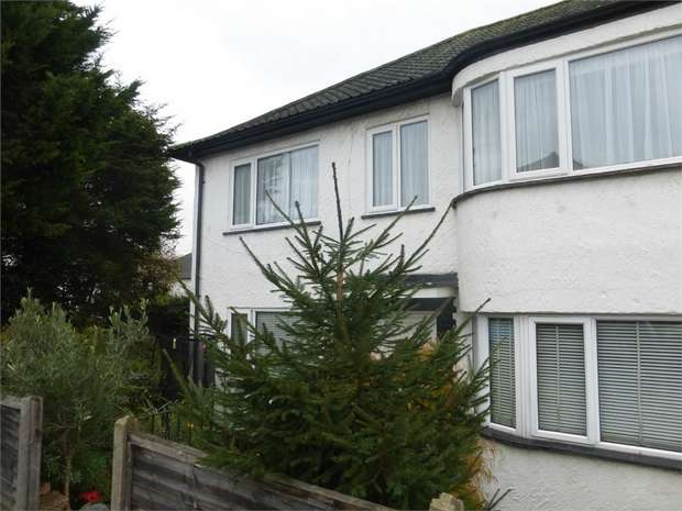 2 Bedrooms Maisonette Flat for sale in Northumberland Avenue, Isleworth, Middlesex