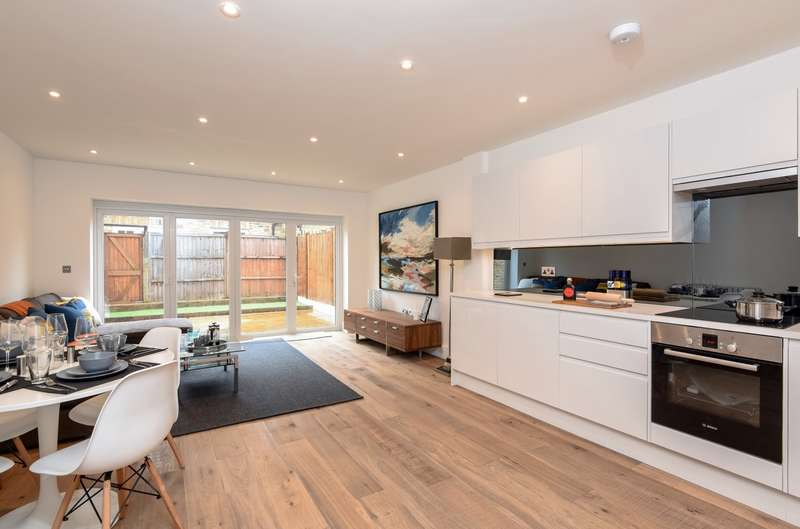 3 Bedrooms House for sale in Anson Mews, Wimbledon, SW19