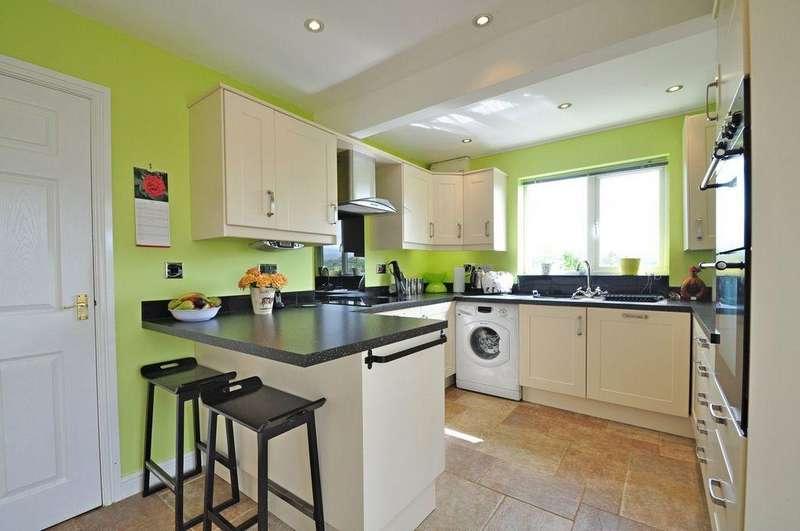 4 Bedrooms Detached House for sale in Bryn Eilian, Caernarfon, North Wales