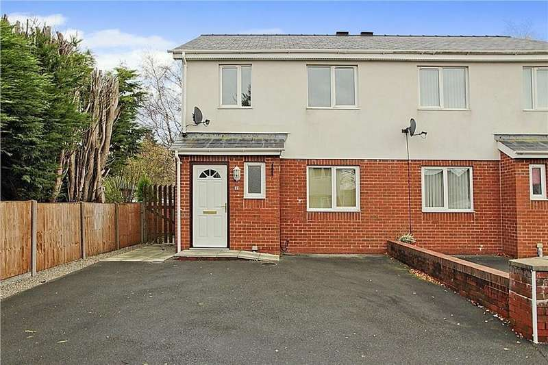 3 Bedrooms Semi Detached House for sale in Tan Dderwen, Penrhosgarnedd, North Wales