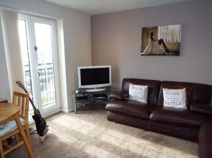 2 Bedrooms Flat for sale in Seager Drive, Cardiff, Caerdydd