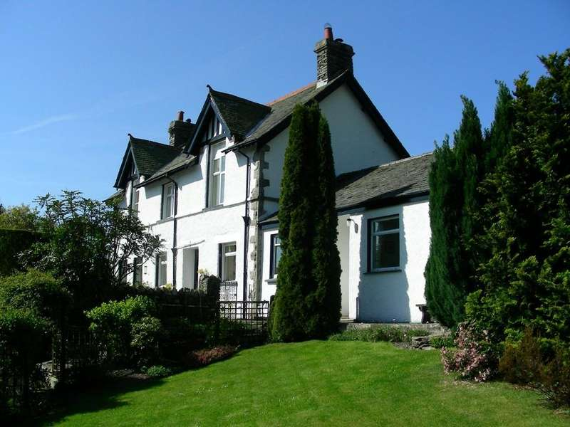 4 Bedrooms Detached House for sale in Stamp Howe, Troutbeck, Windermere, LA23 1PL