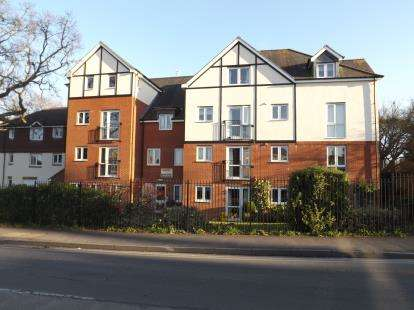 2 Bedrooms Retirement Property for sale in 247 Belle Vue Road, Bournemouth, Dorset